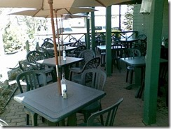Yellow_Canoe_Cafe_Patio_2010
